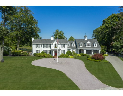 5 Beds, 4 Baths home in Cohasset for $4,390,000