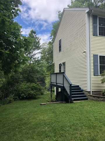 4 Betty Court Webster MA 01570