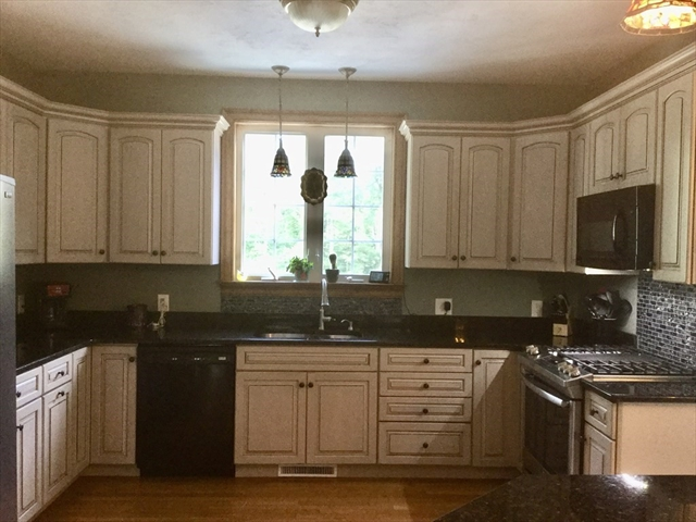 365 South Street Belchertown MA 01007