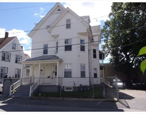 9 Somerset Pl, Brockton, MA 02301