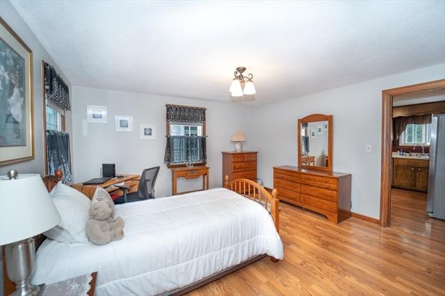 1348 Pleasant Street Bridgewater MA 02324