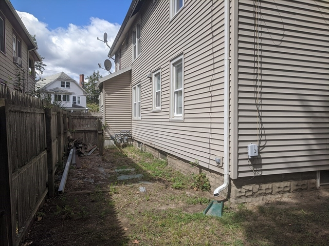 105-107 Woodlawn Street Springfield MA 01108