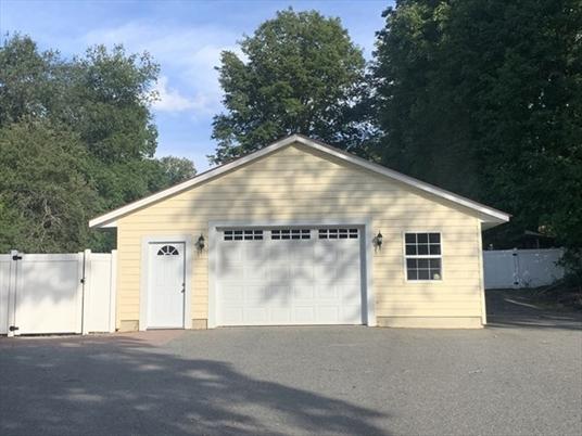 177 Main St, Northfield, MA: $335,000