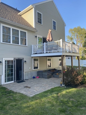 24 Gretchens Way Weymouth MA 02188