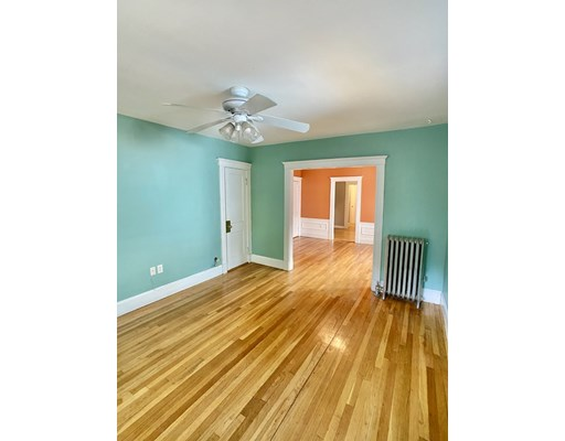 Pictures of  property for rent on Boylston St., Boston, MA 02130