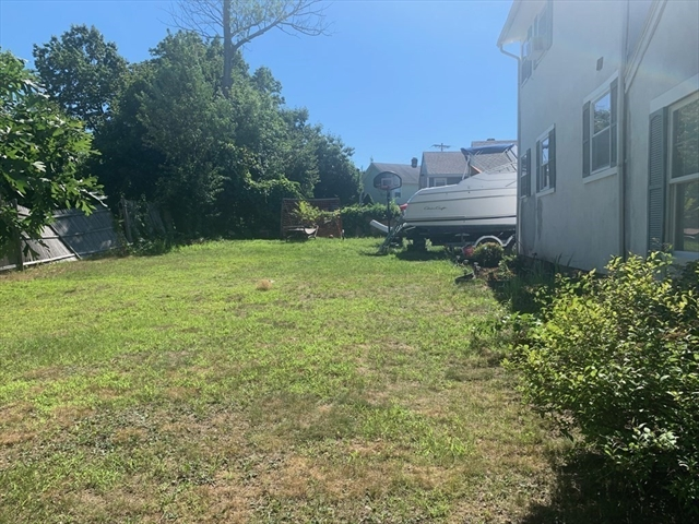 18 EAST MOUNTAIN Street Worcester MA 01606