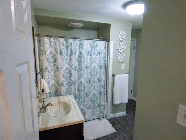 34 Bellevue Avenue Dracut MA 01826
