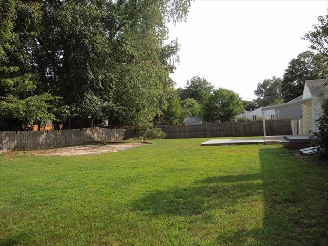 24 Acrebrook Road Springfield MA 01129