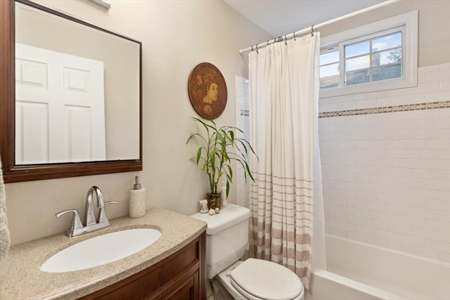 7 Swan Street Beverly MA 01915