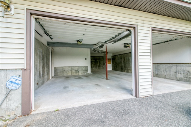 7 Margaret Drive Wilbraham MA 01095