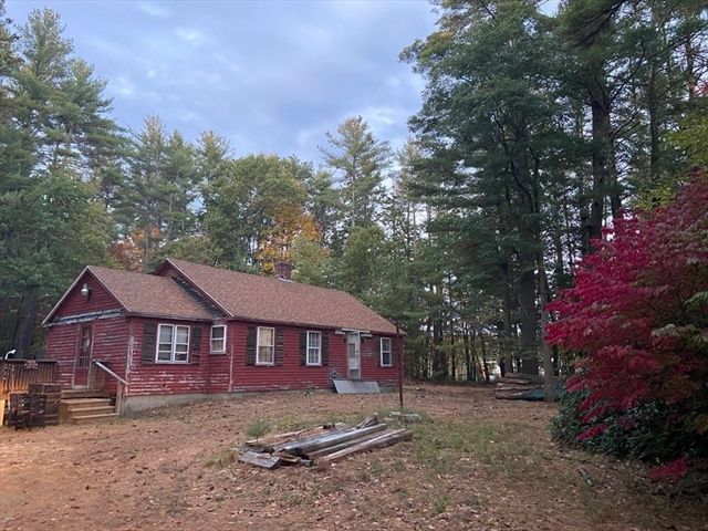 2 Pepperell Road Townsend MA 01469