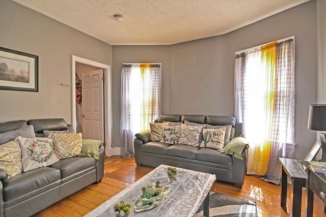 9 Calhoun Avenue Everett MA 02149