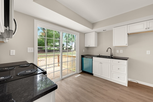 3 Vineland Avenue East Longmeadow MA 01028