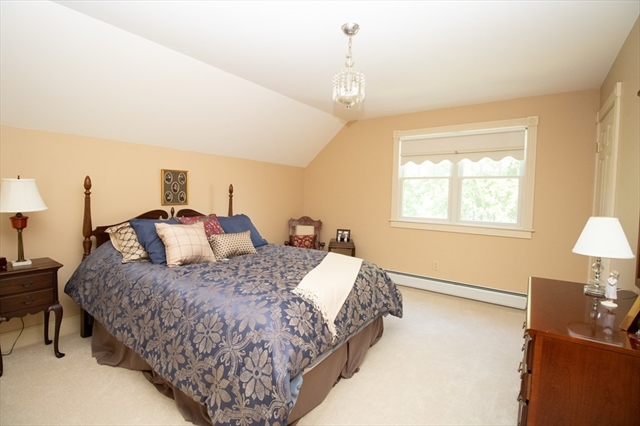 10 Pardon Hill Road Dartmouth MA 02748