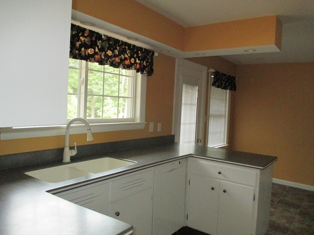 150 Bickford Hill Road Gardner MA 01440