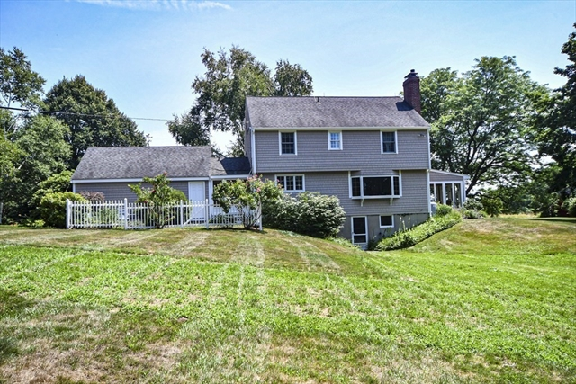 14 Kimball Road West Newbury MA 01985