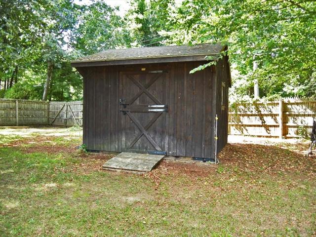 25 Meadow Wood Drive Deerfield MA 01373