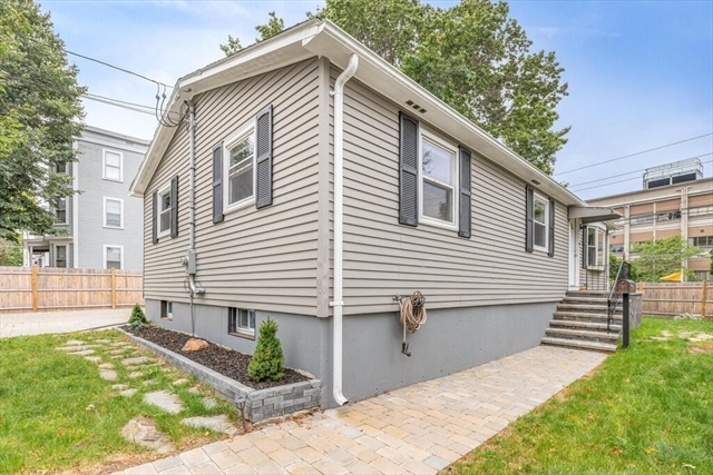 50 Simon Street Beverly MA 01915