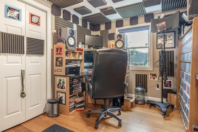 50 Simon Street Beverly MA 01915