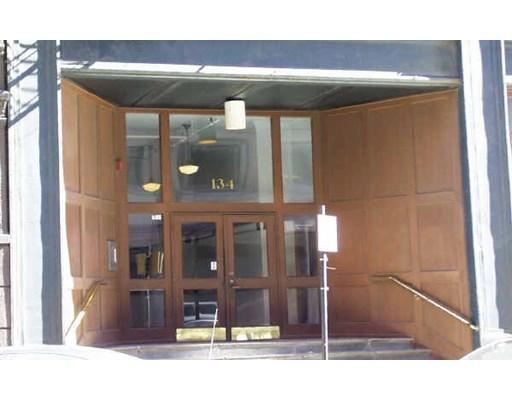 Studio, 1 Bath home in Boston for $2,400,000