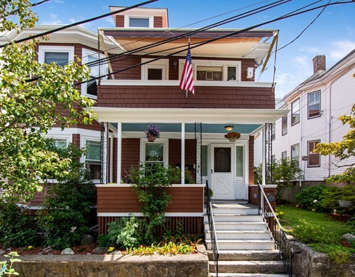 5 Beds, 2 Baths home in Boston for $995,000