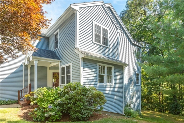29 Knollwood Court Burlington MA 01803