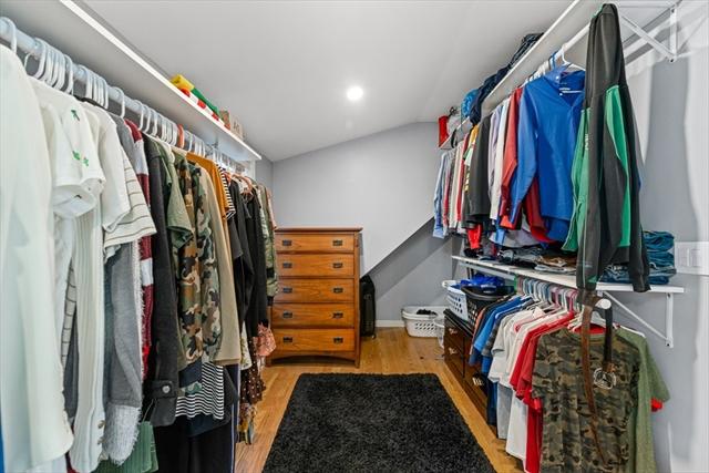 164 Newbury Street Dracut MA 01826