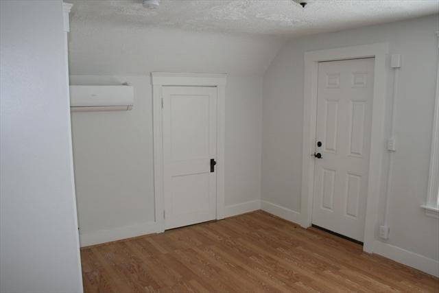 906 Southbridge Street Worcester MA 01610