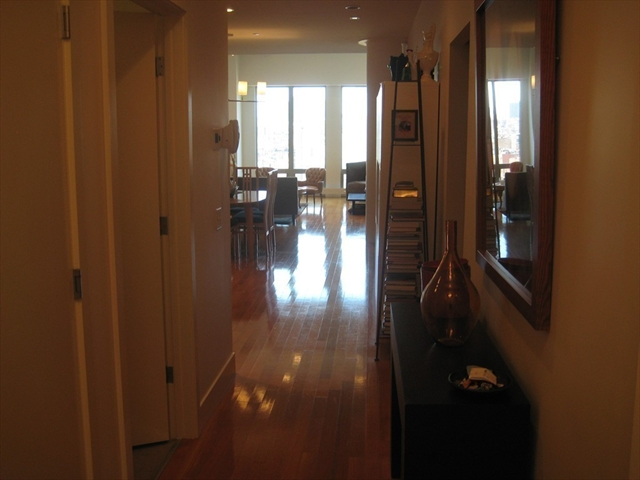 360 Newbury Boston MA 02115