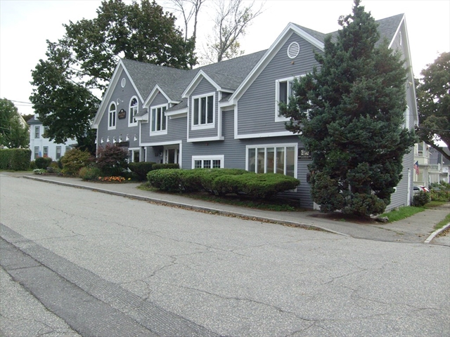 11 Hodges Street North Andover MA 01845