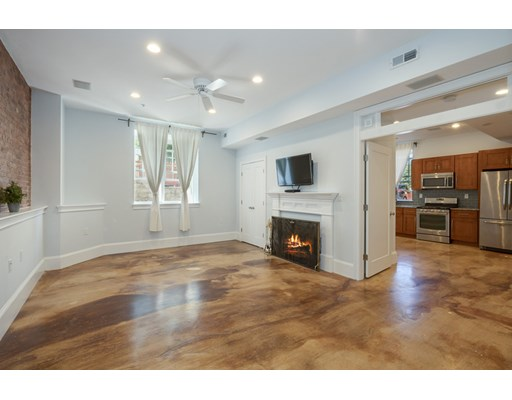 2 Beds, 2 Baths home in Boston for $499,900