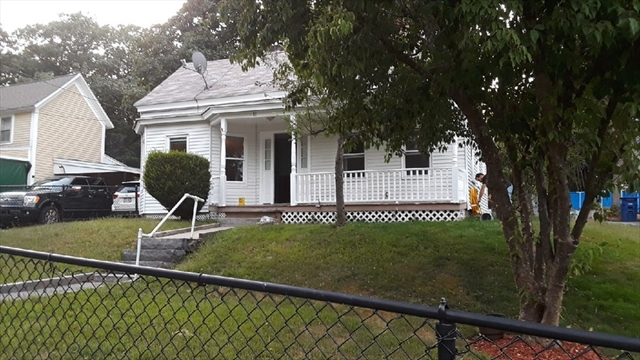 11 Cottage Place Leominster MA 01453