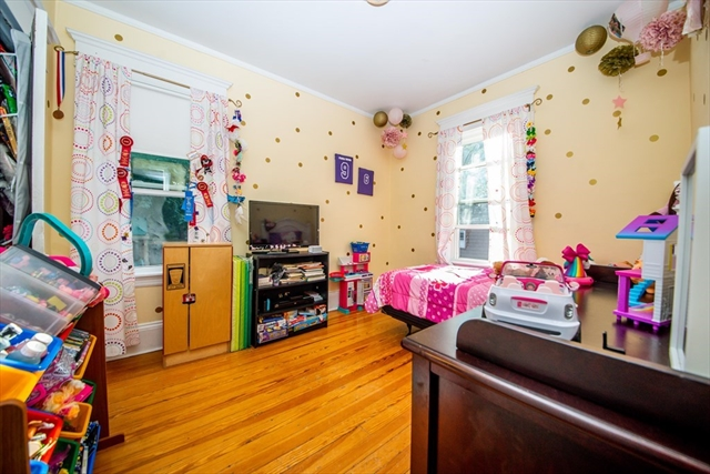 5 Guillotte Street Acushnet MA 02743