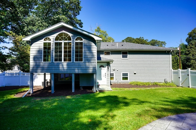 5 Harris Drive Burlington MA 01803