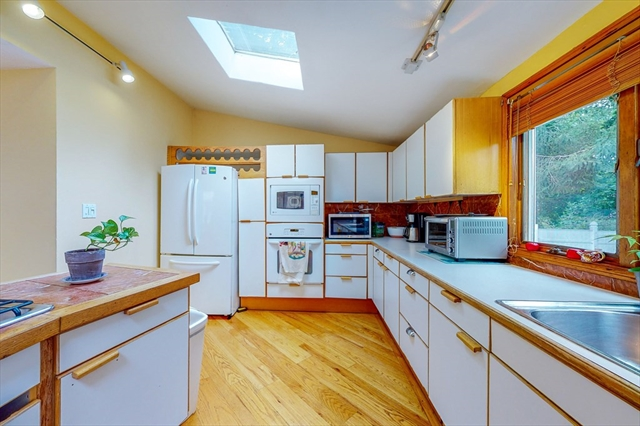58 Banks Street Winthrop MA 02152