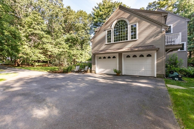 10 Merrills Way Rowley MA 01969