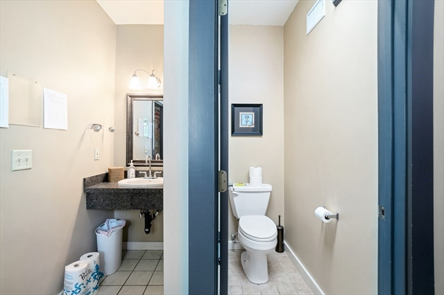 104 E Hartford Avenue Uxbridge MA 01569