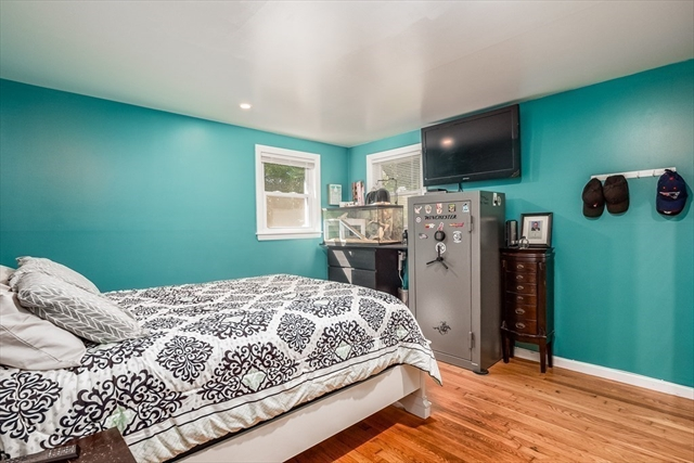 213 Oak Street Abington MA 02351