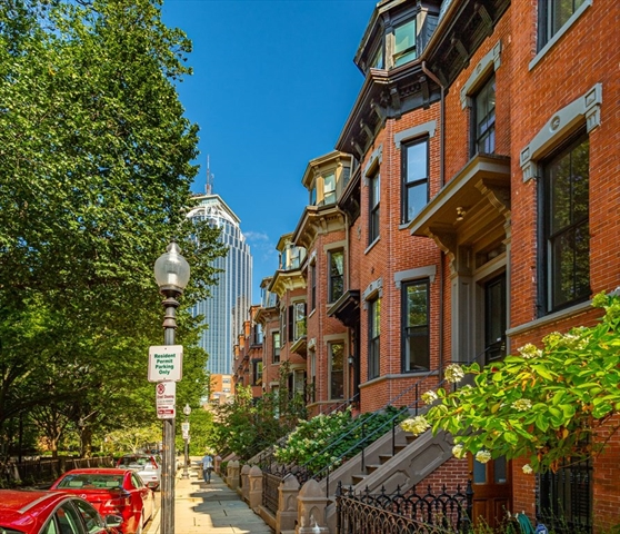 27 Braddock Park Boston MA 02116