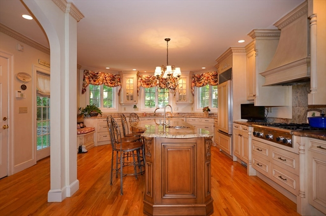 10 Paul Revere Road Worcester MA 01609