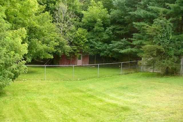 15 Autumn Lane Belchertown MA 01007