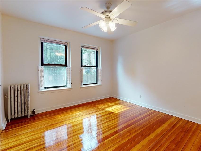 1404 Commonwealth Ave, Boston, MA Image 11