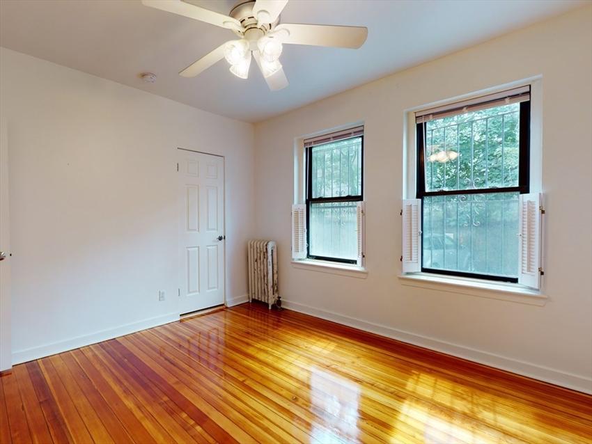 1404 Commonwealth Ave, Boston, MA Image 14