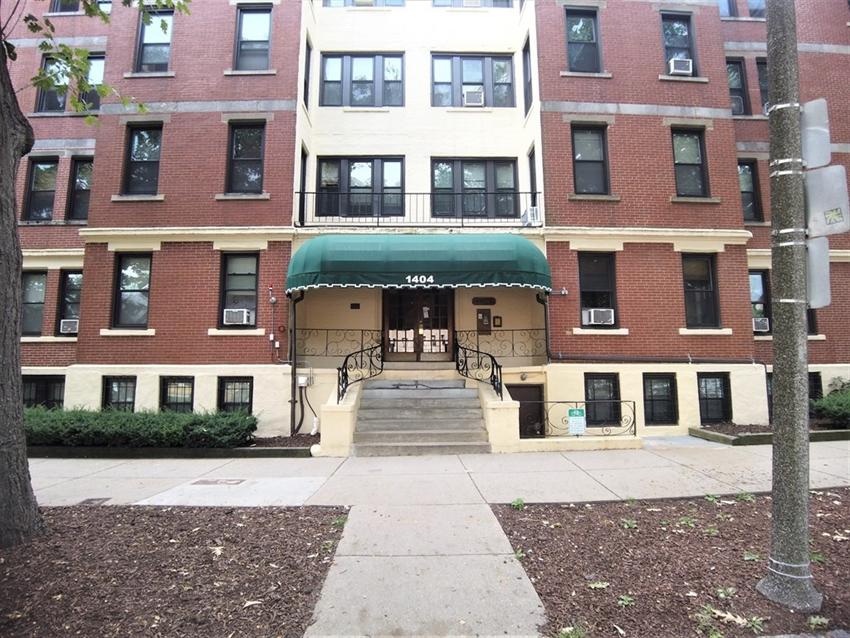 1404 Commonwealth Ave, Boston, MA Image 17