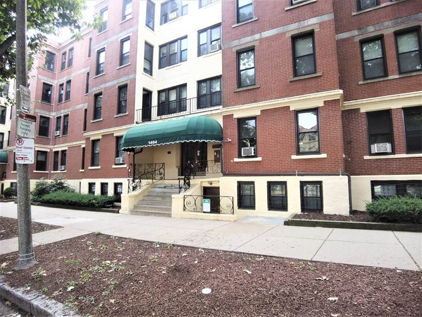 1404 Commonwealth Ave, Boston, MA Image 18