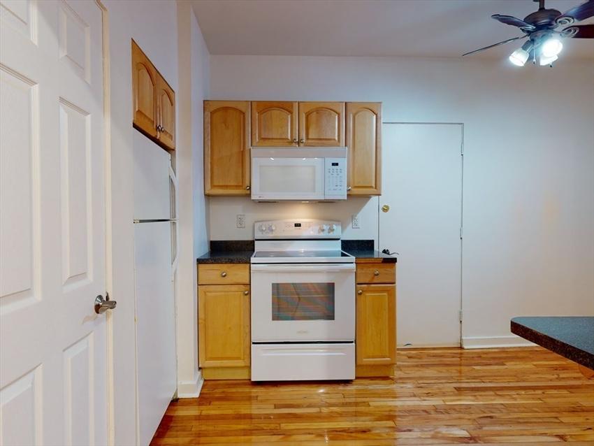 1404 Commonwealth Ave, Boston, MA Image 8