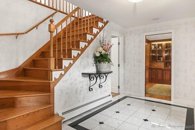 74 Alderbrook Drive Topsfield MA 01983