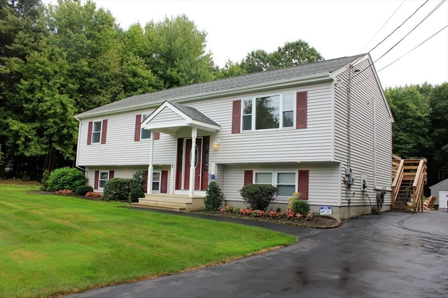 5 Sycamore Lane Berkley MA 02779