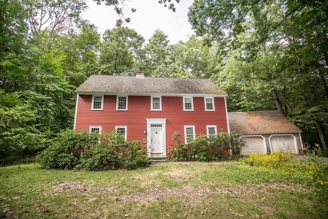 35 Juggler Meadow Road Leverett MA 01054