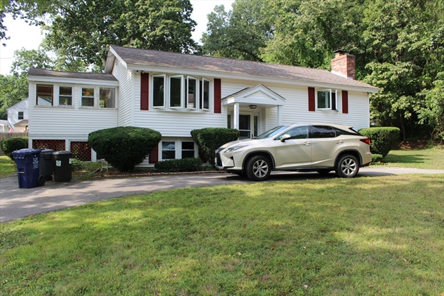 3 Beaver Brook Lane Dracut MA 01826